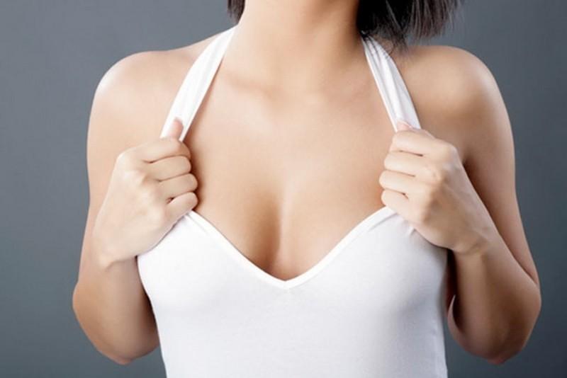 Не делай так: 9 привычек, которые делают вашу грудь дряблой