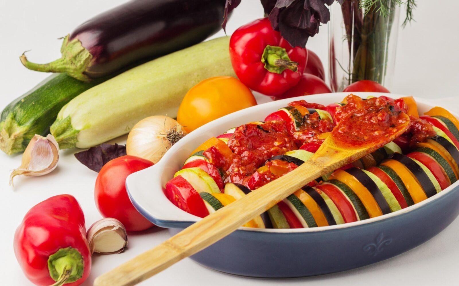 Что лучше есть вечером: идеальные продукты для легкого и полезного ужина