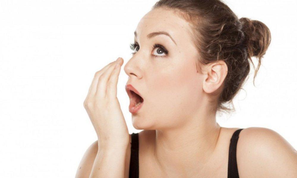 Незамысловатые советы: запах изо рта исчезает моментально!