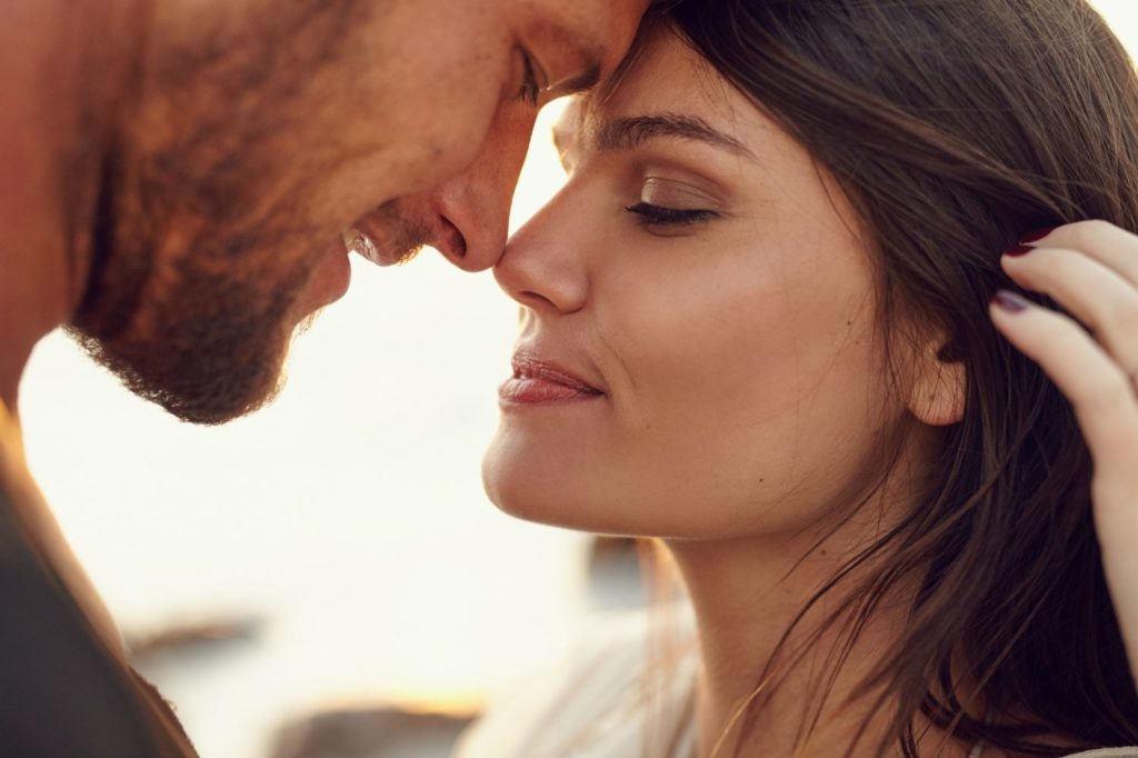 Почему я продолжаю близкие отношения с бывшим мужем