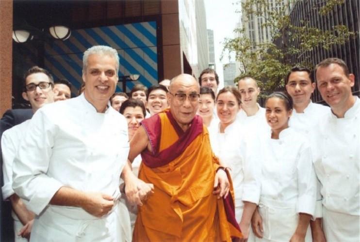 """""""Не всегда то, что вы хотите — действительно вам нужно"""". Мудрые мысли Далай Ламы"""