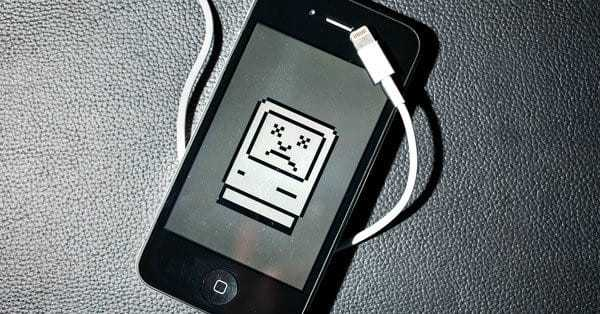 Вы уверены, что заряжаете мобильный телефон правильно?
