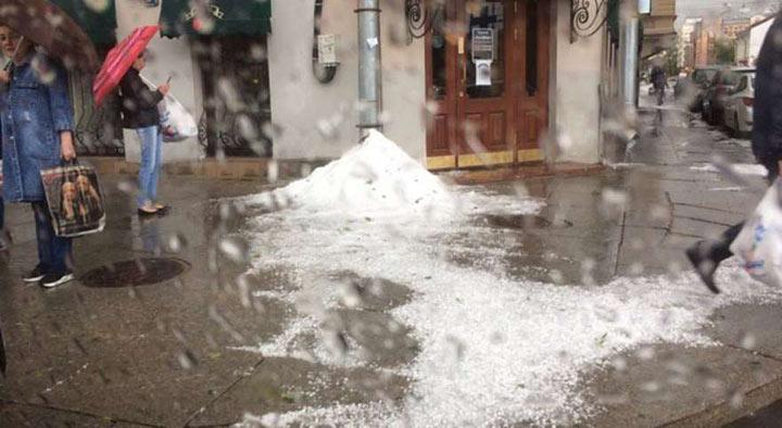 В Санкт-Петербурге в июле выпал снег!