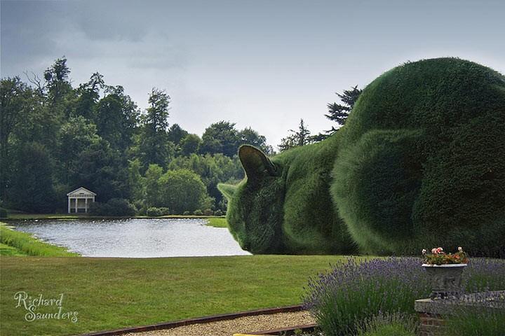 Эти огромные коты из кустов и деревьев как живые! Смотрим фото!