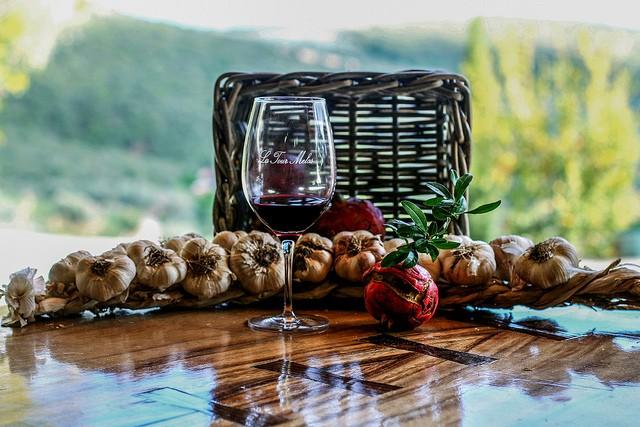 Чеснок в красном вине вылечит 100 болезней!