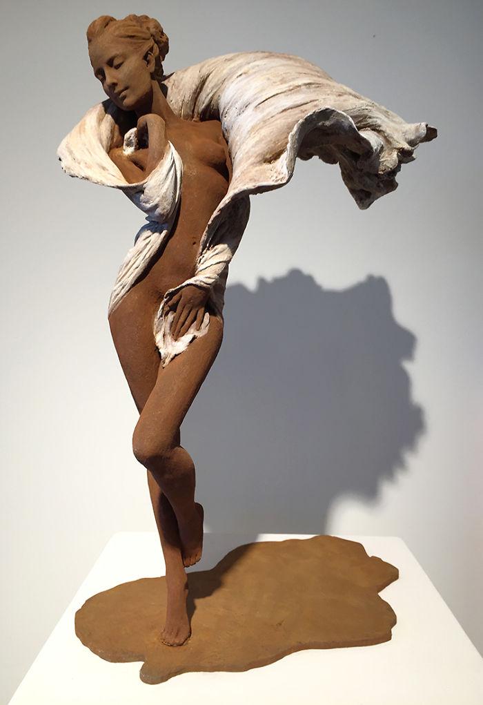 Поразительные скульптуры китаянки Лу Ли Рон