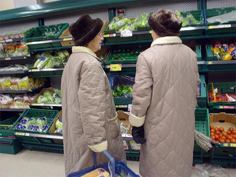 Кассирша супермаркета надолго запомнит эту бабулю!