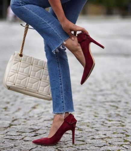 Как носить джинсы этой осенью