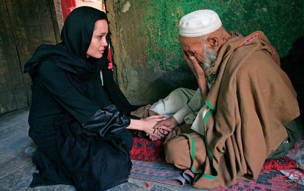 Анджелина Джоли: «Почему я перестала делать татуировки...»