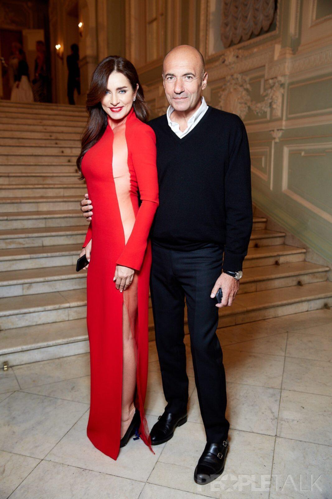 На балу Tatler выходом в полупрозрачном платье, супруга Игоря Крутого произвела фурор