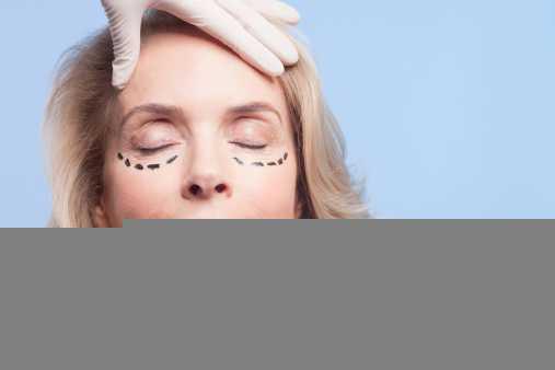 Популярные процедуры, которые являются бесполезными и даже опасными — рассказала известный врач-косметолог