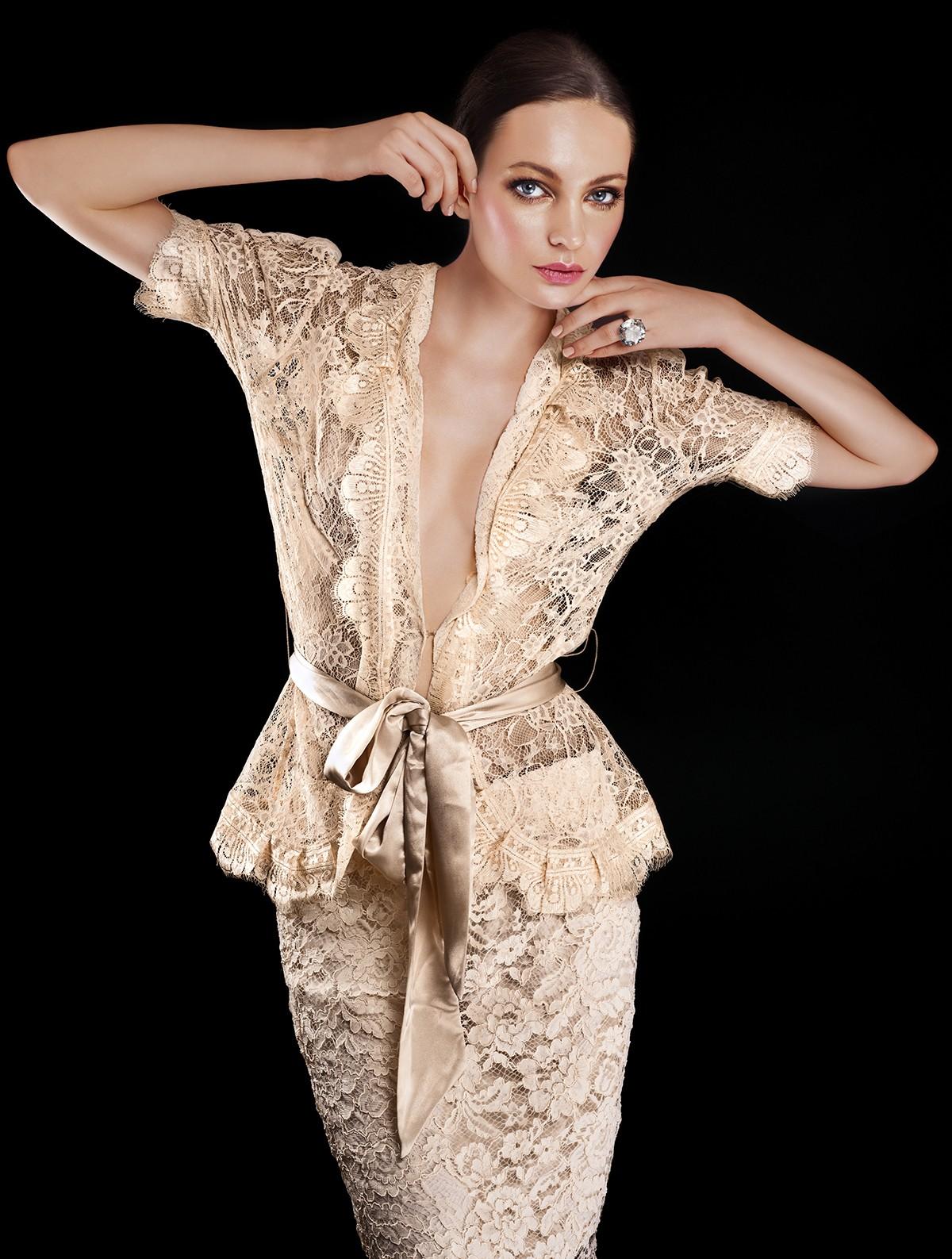 Такая юбка выглядит очень элегантно и оригинально! Подборка очень красивых юбок украшенных кружевом