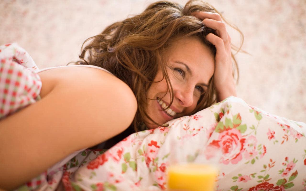 Делайте перед сном эти простые вещи, чтобы встать с утра красивой