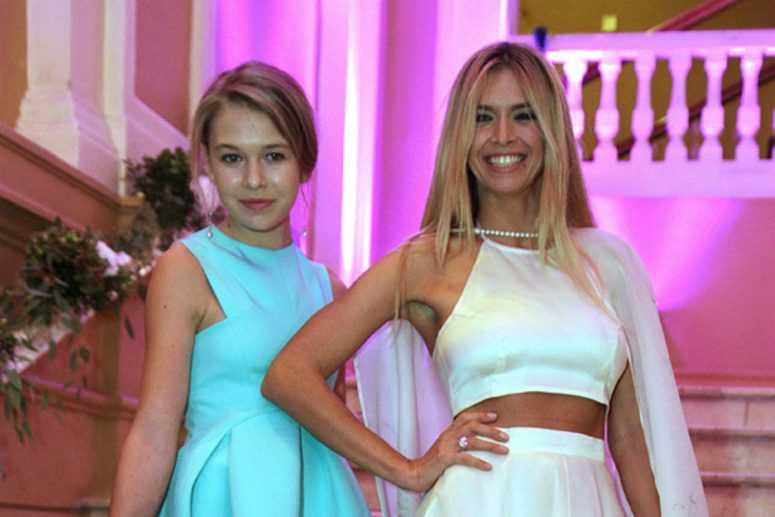Лера Кудрявцева, Наталья Водянова и другие звезды, ставшие мамами очень рано
