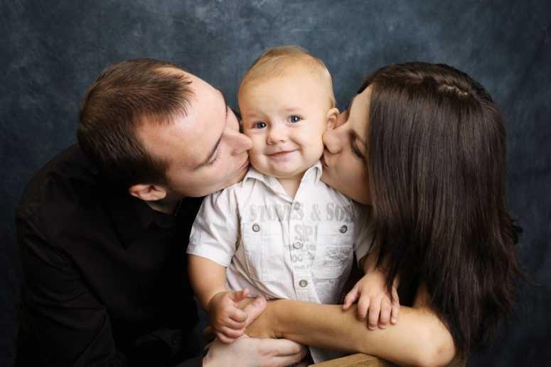Как чрезмерная любовь матери калечит души детей