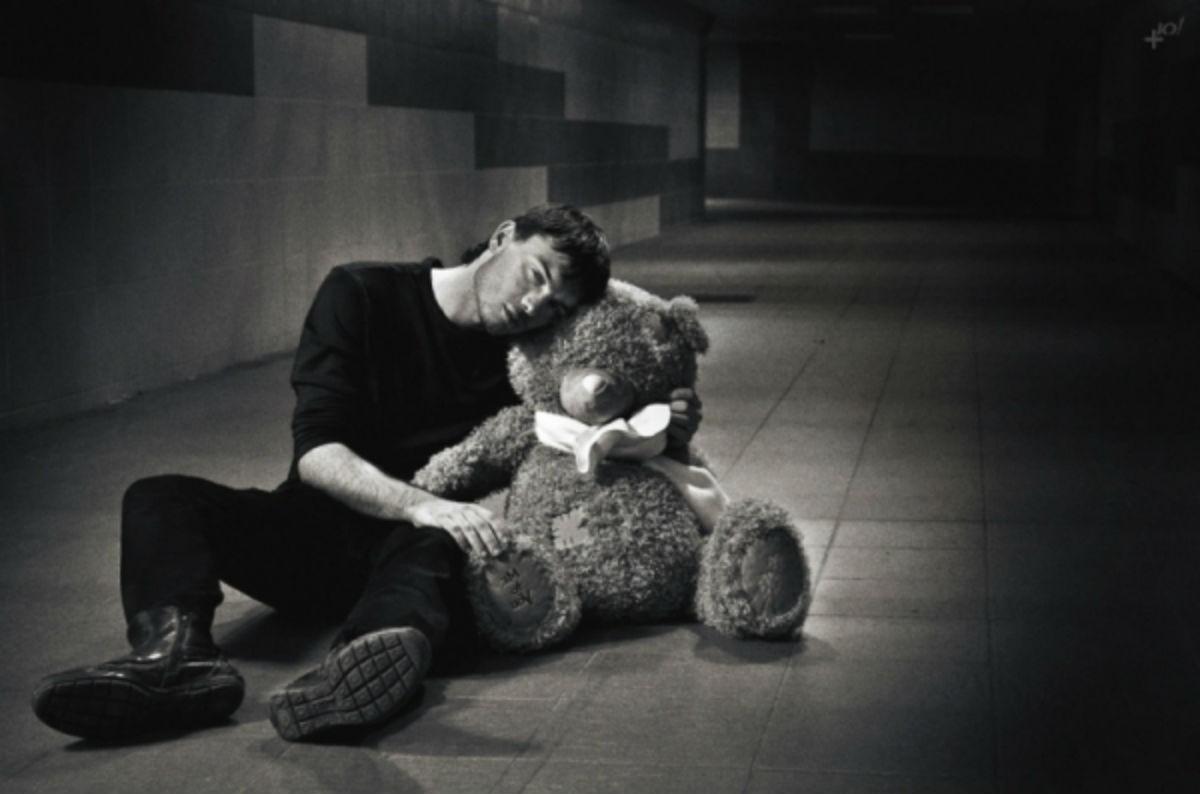 У несчастных людей одни и те же претензии к жизни