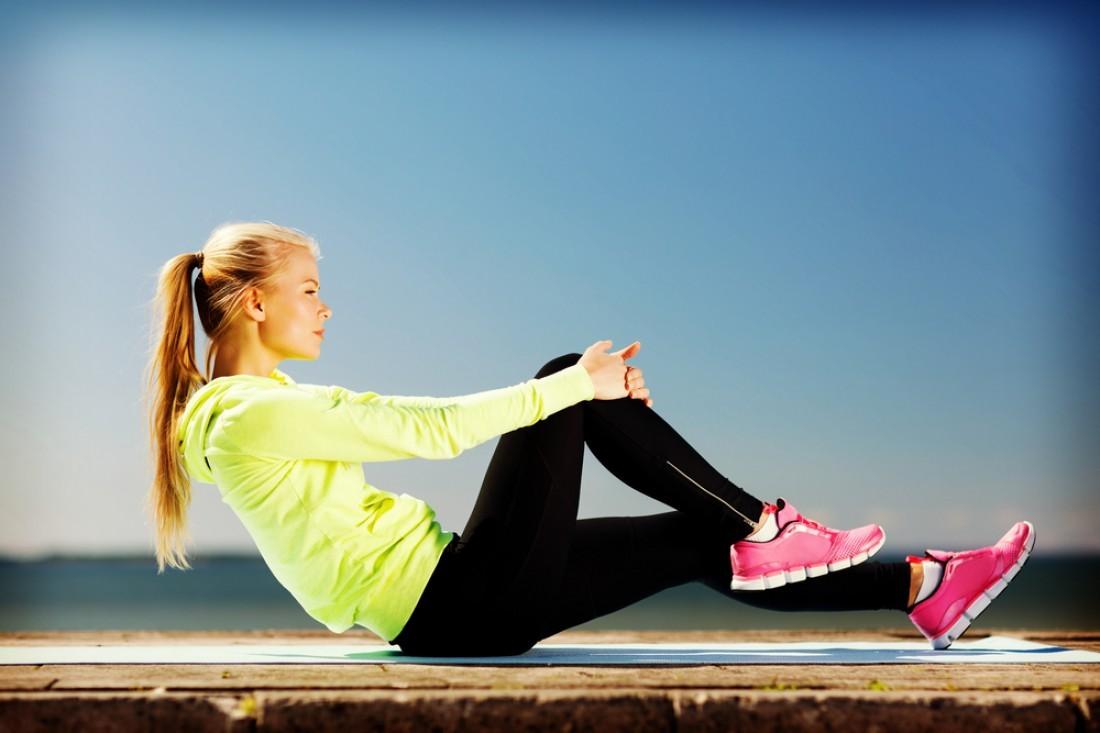 Стать лягушкой или возле стены: как сжечь жир при помощи простых упражнений