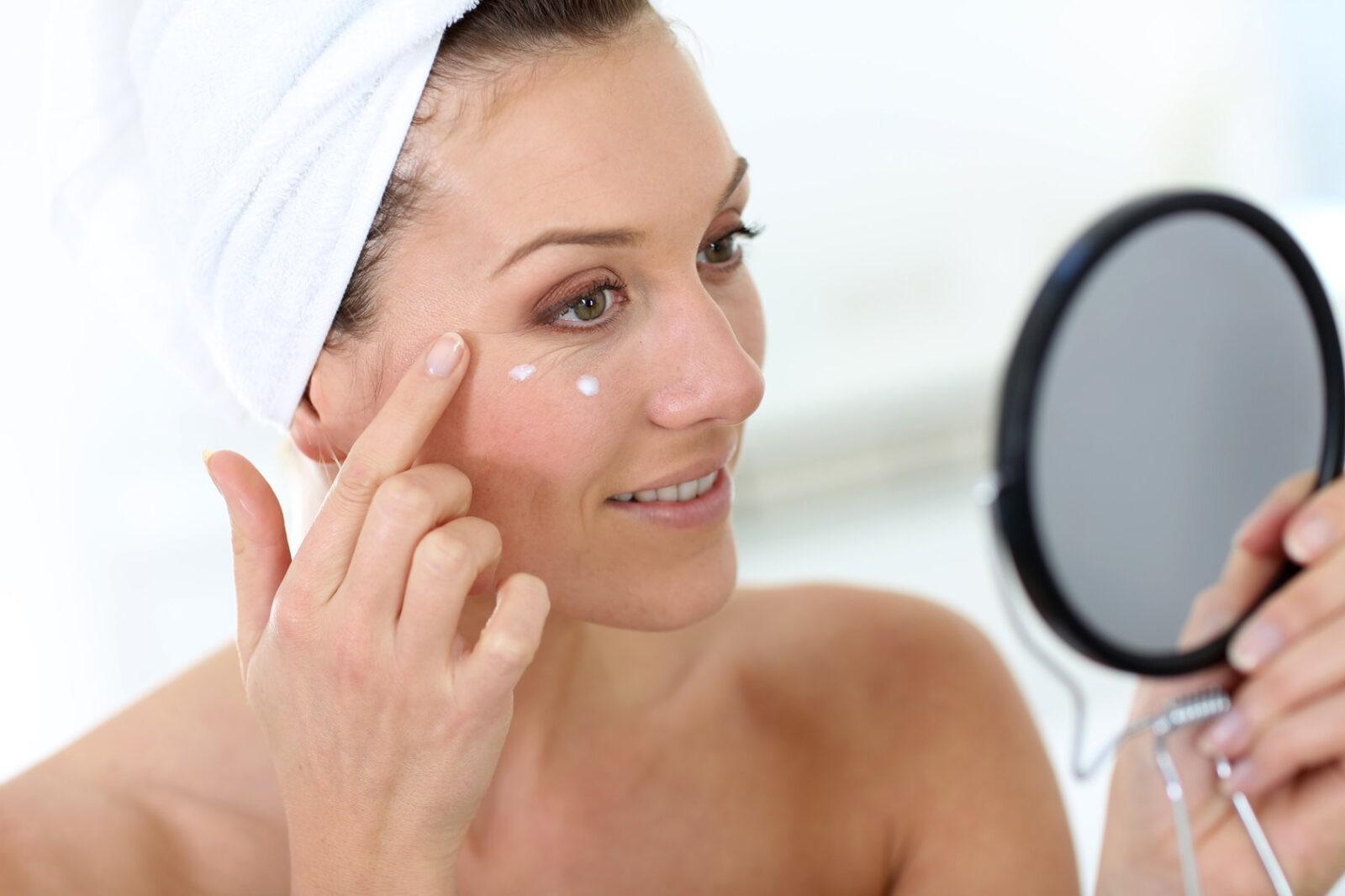 Этот мощный натуральный крем всего за 7 дней поможет убрать глубокие морщины с лица