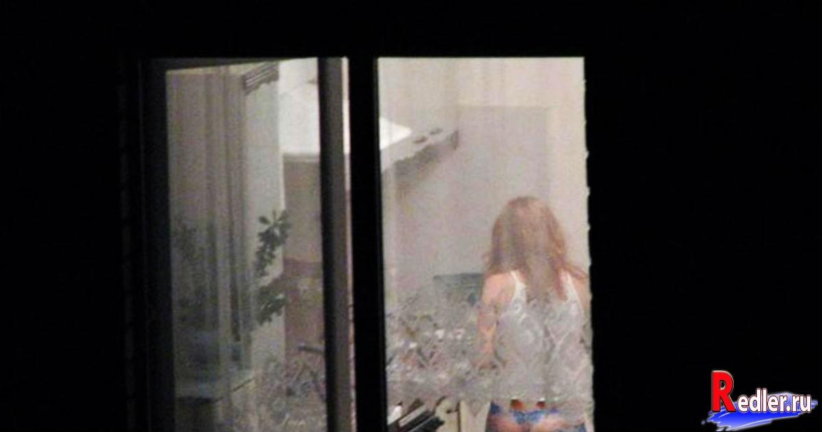 Жена соседа – худенькая женщина неопределенного возраста
