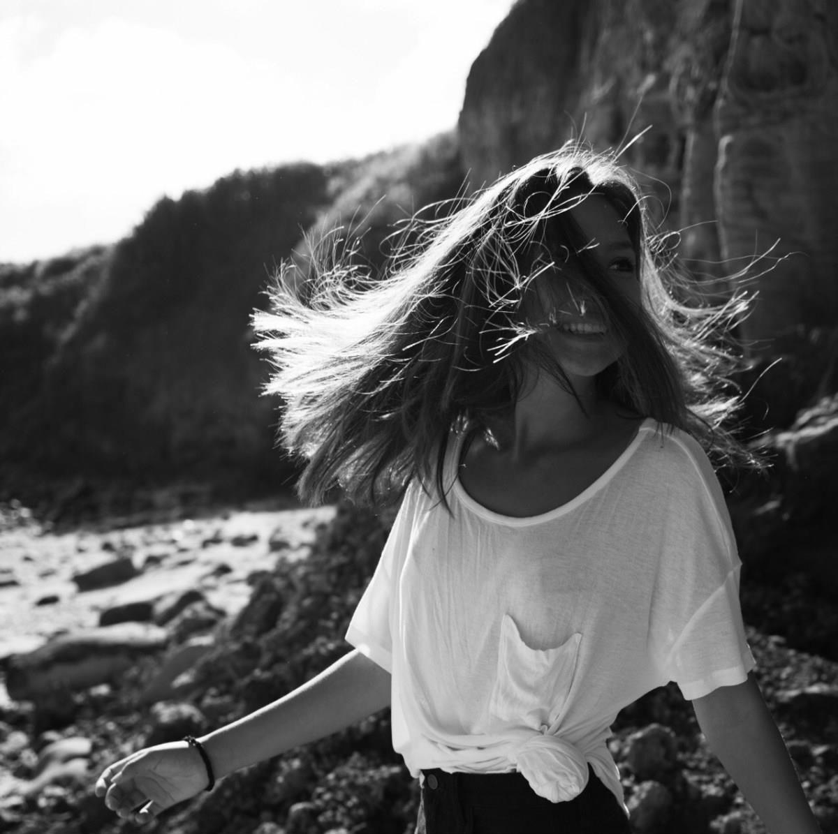 Девушка, которая долгое время не состоит в отношениях, в итоге оказывается самой счастливой. Почему?