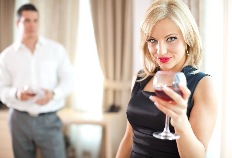 Секса взрослыми фото вызвала по телефону любовника под массажным